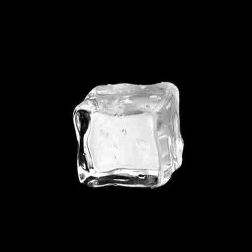 Какой лед положить в коктейль, чтобы он оставался свежим?