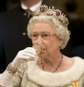 Les 10 boissons préférées de la reine Elizabeth
