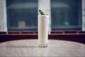 Un cocktail Bacardi Fizz par le bartender Marc Bonneton